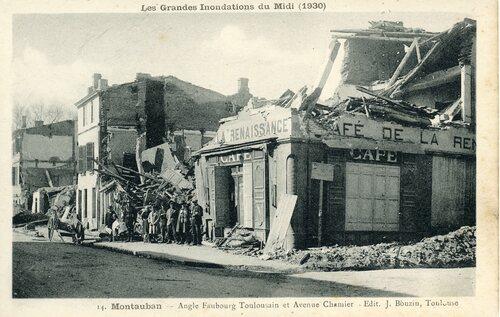 """Afficher """"Les Grandes Inondations du Midi (1930) - Montauban- Angle Faubourg Toulousain et Avenue Chamier"""""""