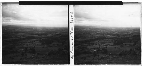 """Afficher """"Montée du Col du Béal, vue sur la Limogne"""""""